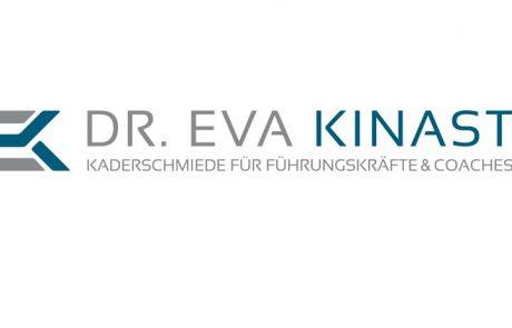 Social Media - Dr. Eva Kinast